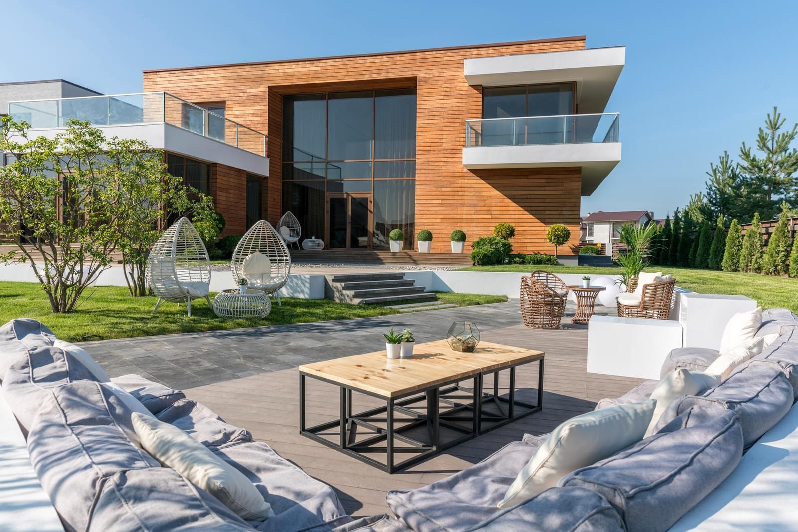 Сколько стоит построить каркасный дом?